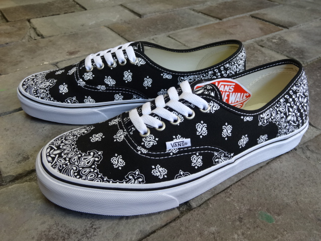 VANS Authentic ~BANDANA~_a0221253_198094.jpg