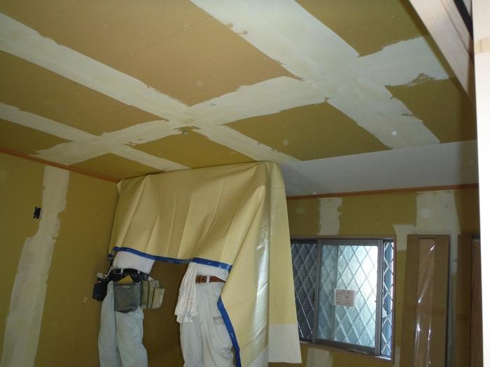 事務所の室内改装 ~ クロス工事_d0165368_1630097.jpg