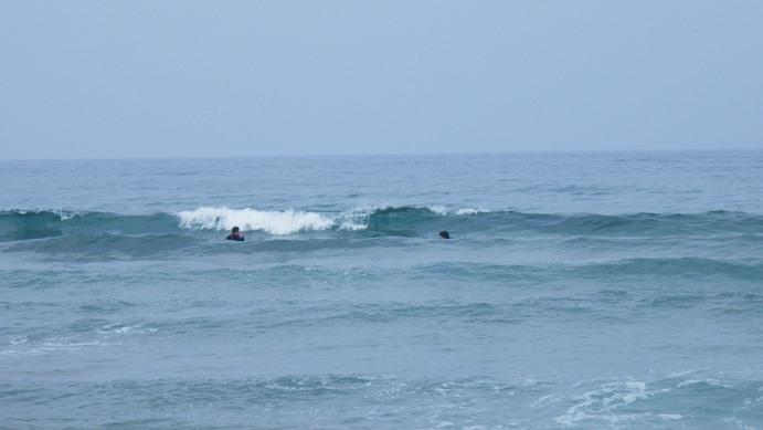 海水が、まだちょっと冷たい夏です。_f0009169_6265372.jpg