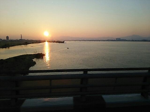 徳島 吉野川の夕陽です_c0124528_20471081.jpg