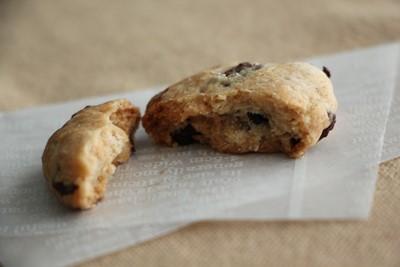 「ピーナッツチョコクッキー」と、ブルームーン!_a0165538_08530715.jpg