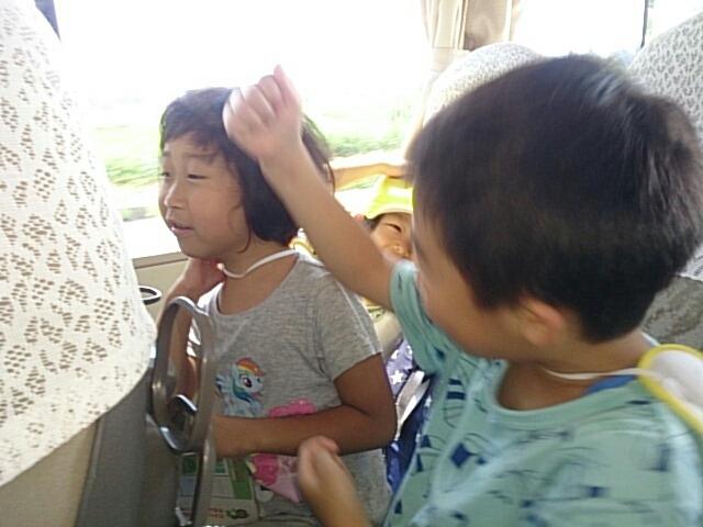 バスの中_c0212598_10145568.jpg