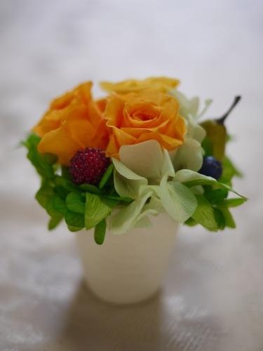 お嫁入りしたお花たち プチアレンジ編_a0135999_23161579.jpg