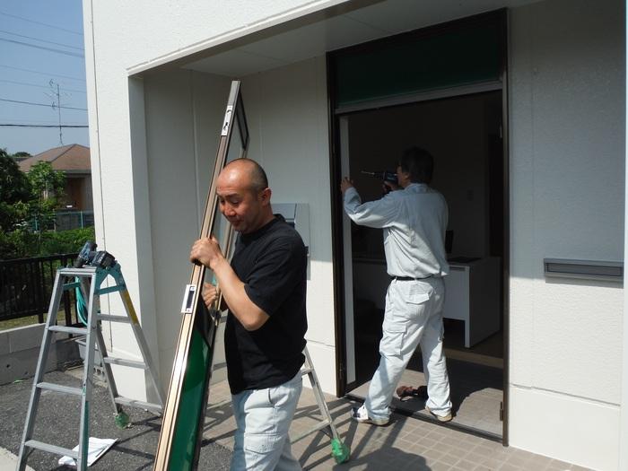 事務所の室内改装 ~ 入口ドア取替_d0165368_15494225.jpg