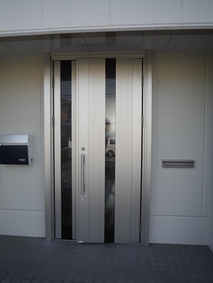 事務所の室内改装 ~ 入口ドア取替_d0165368_15503062.jpg
