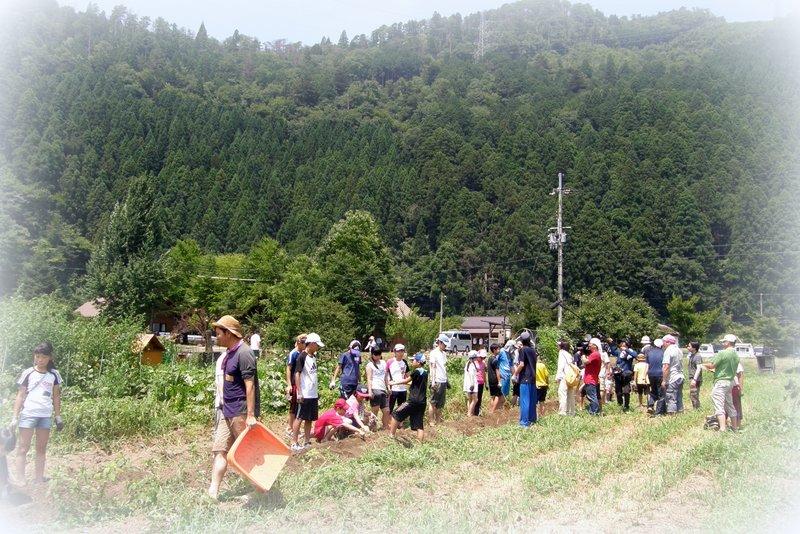 福島の子供たちと_c0057390_2216511.jpg