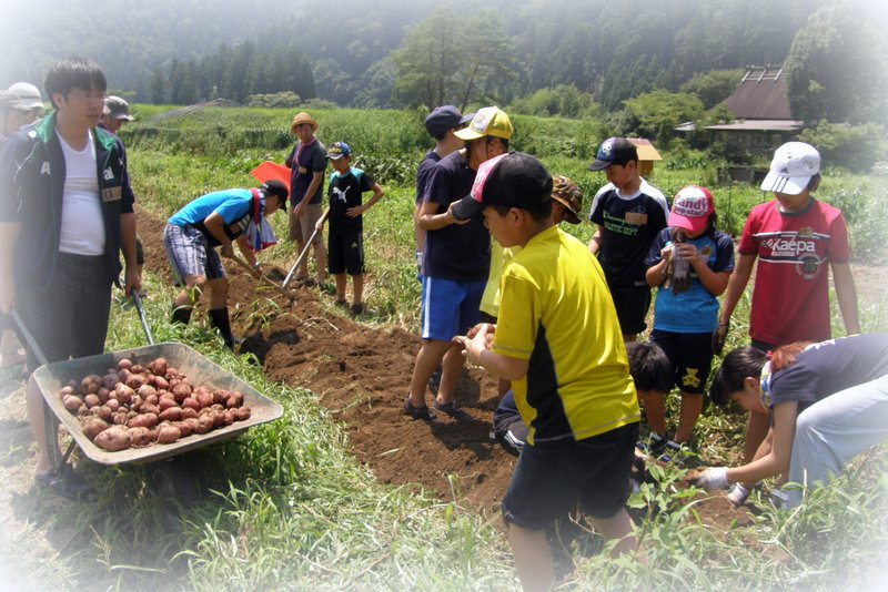 福島の子供たちと_c0057390_2217896.jpg