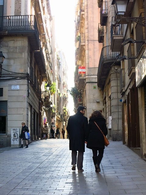 街を歩く人々_c0239901_17223773.jpg
