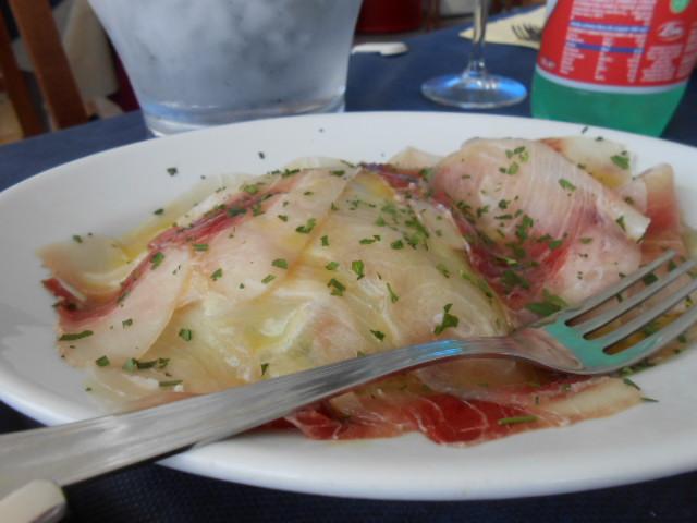 海辺のお手ごろレストラン_b0305039_5215353.jpg