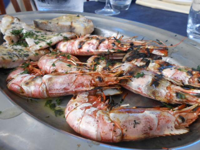 海辺のお手ごろレストラン_b0305039_5254992.jpg
