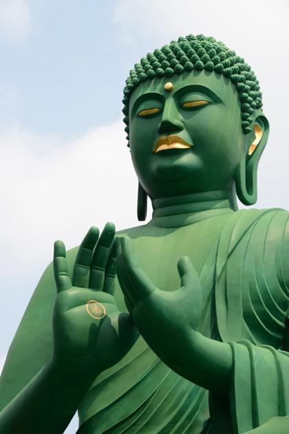 名古屋の珍スポット!全長15mの緑色の巨大大仏!名古屋大仏_e0171573_20452962.jpg