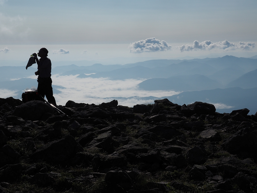 大雪3色登山、8月3日-緑岳編-_f0138096_11411192.jpg