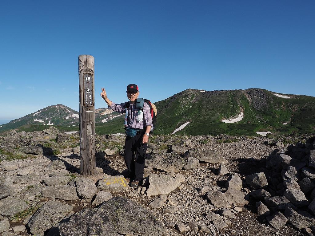 大雪3色登山、8月3日-緑岳編-_f0138096_1141426.jpg