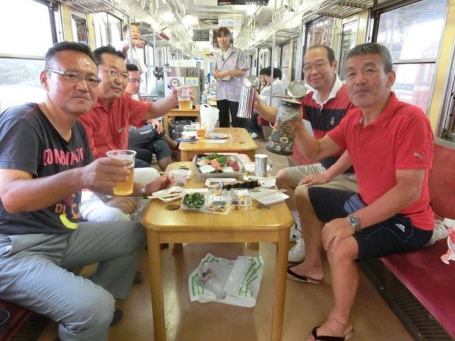 久しぶりに乗って満喫「がくちゃん ビール電車」_f0141310_7104654.jpg