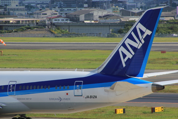 ANA ボーイング787-8型 JA812A_d0202264_1830137.jpg