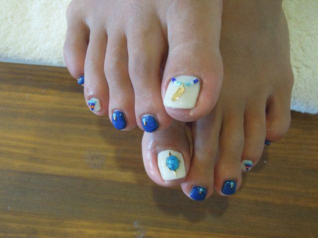 Ethnic Foot Nail_a0239065_11171256.jpg