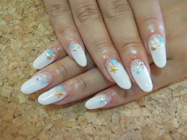 White Summer Nail_a0239065_1452257.jpg