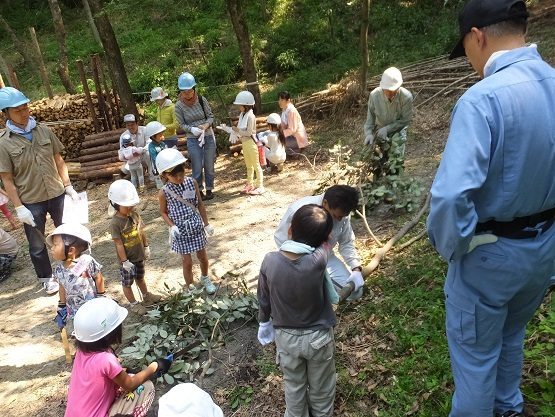 今年から始めた夏休み特別企画「竹取物語」_e0272869_22062289.jpg