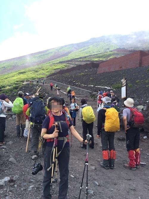 富士登山 五合目から八合目_b0067012_9504088.jpg