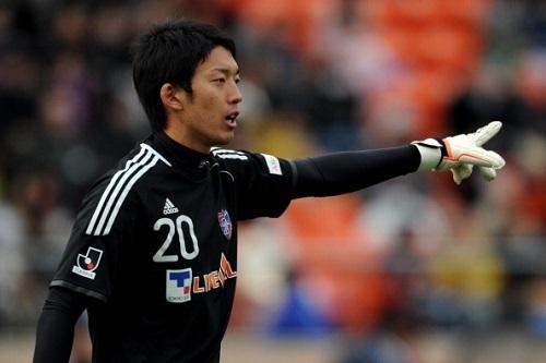 日本サッカー「土坪にはまる」:ヘタクソなプロ選手でいるより良い家庭を作れ!_e0171614_1242084.jpg
