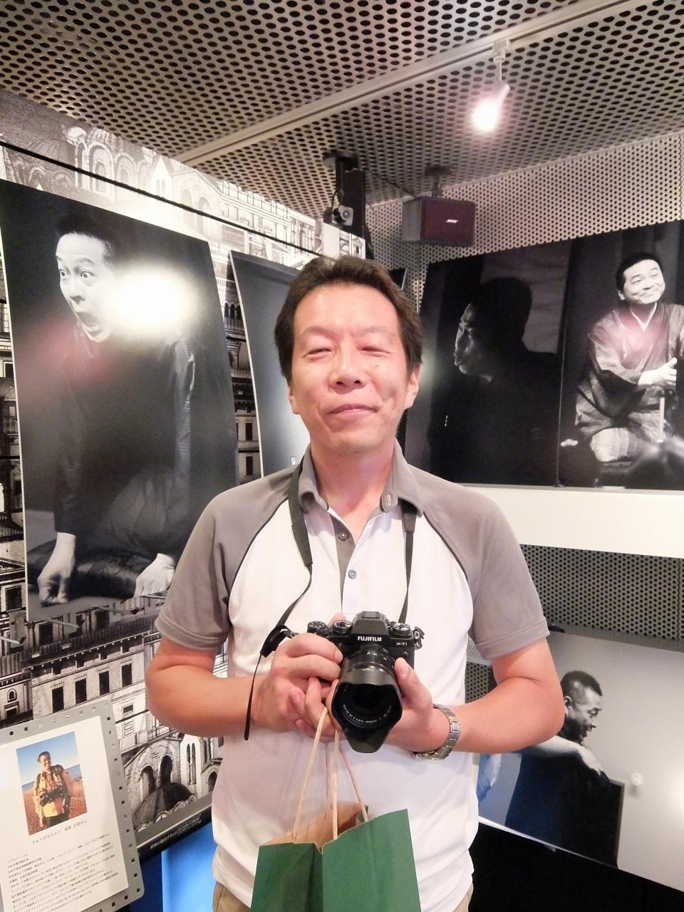 クランプラー銀座写真展 多くのお客様がお見えです_f0050534_07393204.jpg