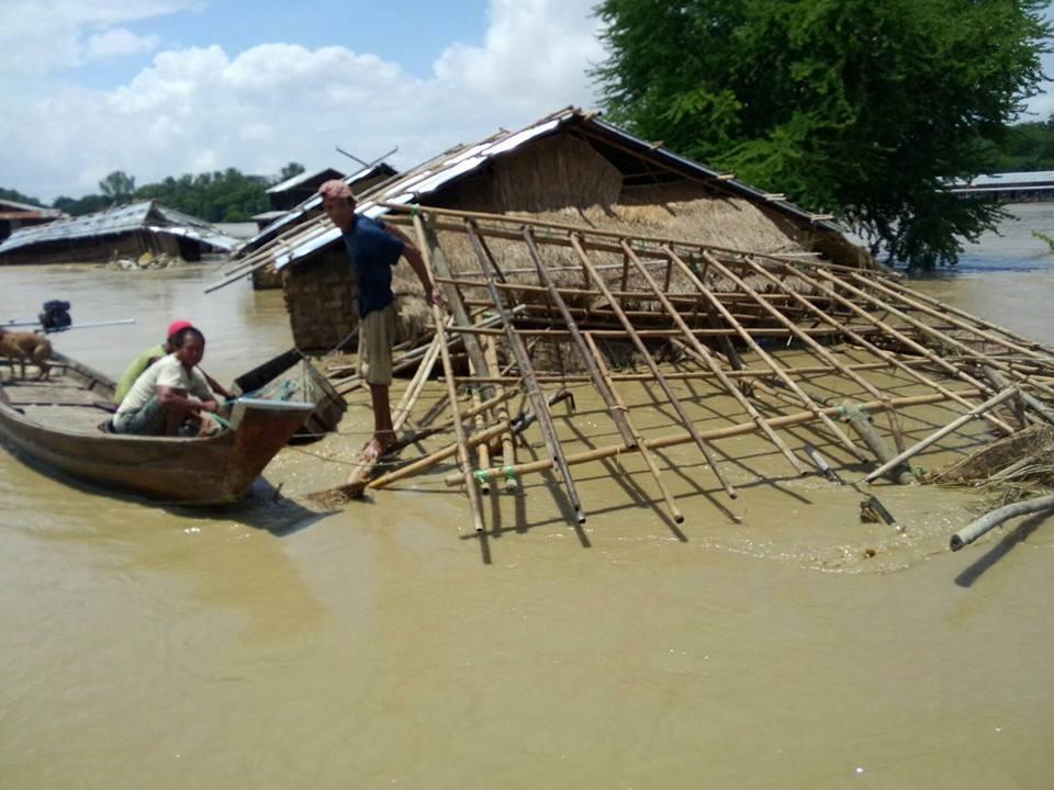 HELP! ミャンマー大洪水_e0046467_0273210.jpg