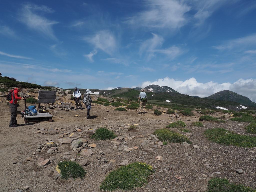 大雪3色登山、8月3日-2度目の緑岳編-_f0138096_1136265.jpg