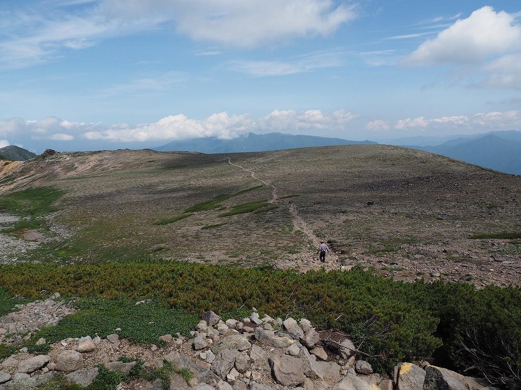 大雪3色登山、8月3日-2度目の緑岳編-_f0138096_1137366.jpg
