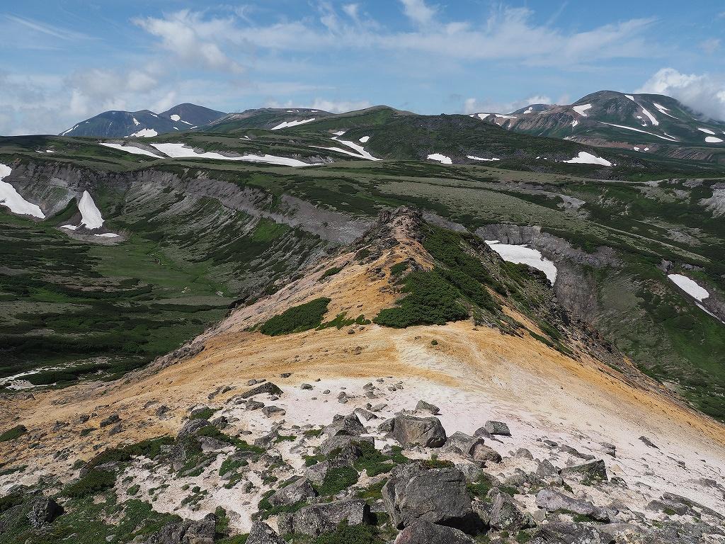 大雪3色登山、8月3日-2度目の緑岳編-_f0138096_1138063.jpg