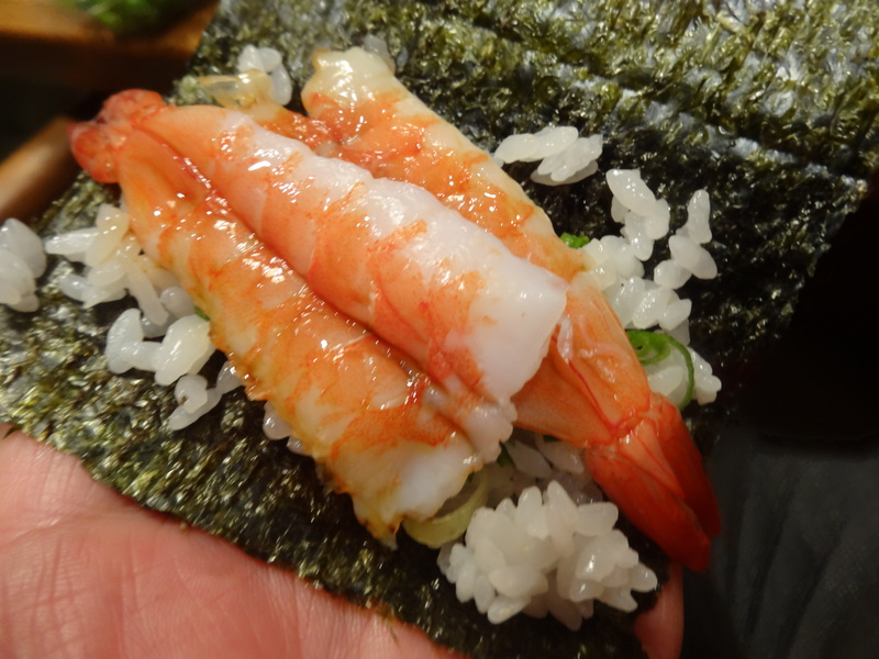 久し振りのキッチンスタジアム、この日は手巻き寿司です。_c0225997_8533677.jpg