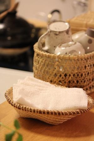 マタタビの米研ぎざるが入荷しました。_e0348417_123867.jpg