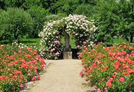 マグダレーネン庭園のマグダラのマリア像_c0229584_22165441.jpg