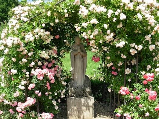 マグダレーネン庭園のマグダラのマリア像_c0229584_2217851.jpg