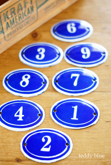 antique enamelware number plates  ホーローナンバープレート_e0253364_11132647.jpg