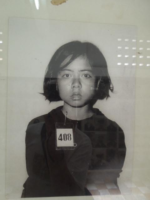 トゥール・スレン虐殺博物館 その4_f0189467_02010629.jpg