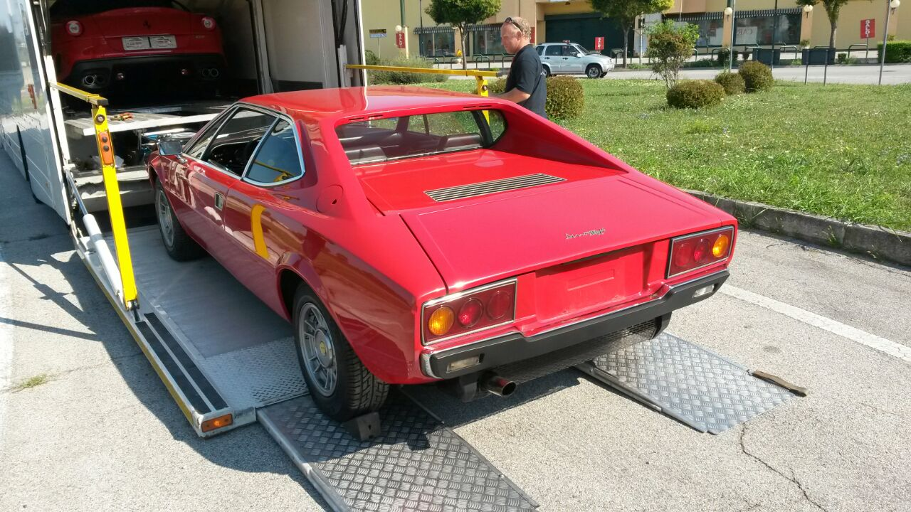 Dino208gt4 is now on loading_a0129711_19113711.jpg