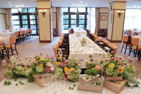 夏の装花 ルヴェソンヴェール駒場さまへ 本当によいひと時を_a0042928_1434335.jpg