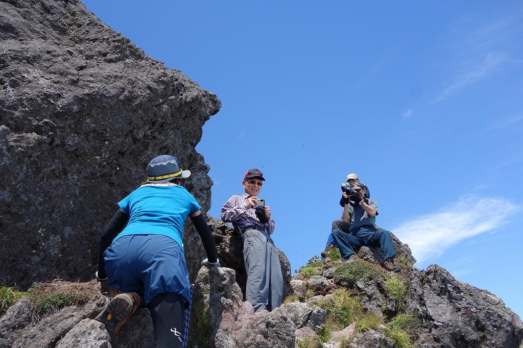 恵庭岳西峰と本峰、8月8日_f0138096_11313161.jpg