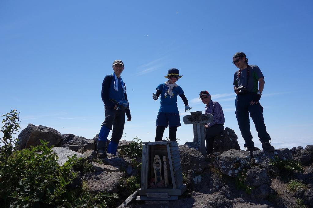 恵庭岳西峰と本峰、8月8日_f0138096_11314988.jpg