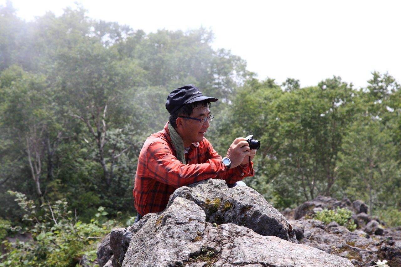 恵庭岳西峰と本峰、8月8日-同行者からの写真-_f0138096_14431687.jpg