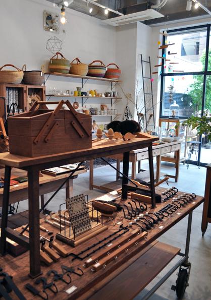 新店舗、オープン致しました。_d0193211_18351215.jpg