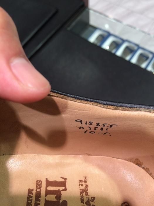 セールで買った靴を履く前に!_b0226322_10352554.jpg