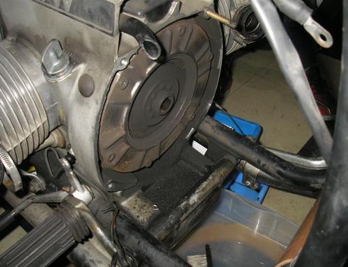 BMW Rtype 75-100 クラッチ交換_e0218639_2343310.jpg