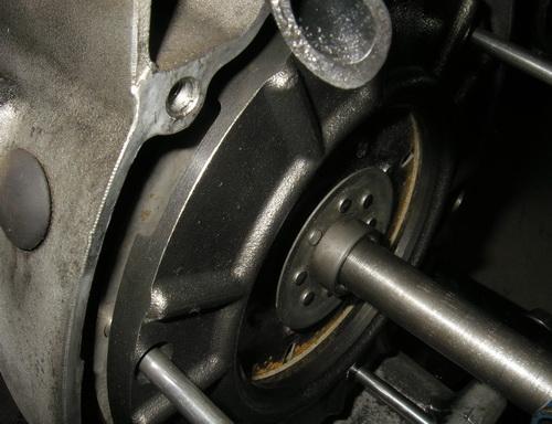 BMW Rtype 75-100 クラッチ交換_e0218639_2354638.jpg