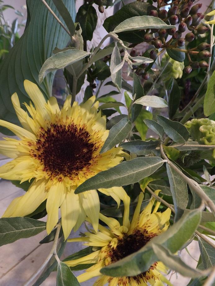オークリーフ花の教室(田中さんの作品)_f0049672_1745353.jpg