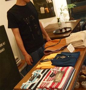 カージーさん、バッグ、ポーチ、Tシャツを少し追加_b0322280_22153187.jpg