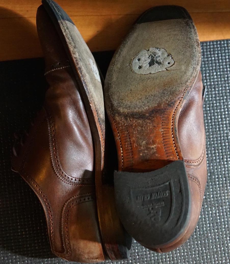 履き続けていたスコッチグレインがボロボロになったのでミスターミニッツで修理してみた。それがエコ。_b0024832_19142574.jpg