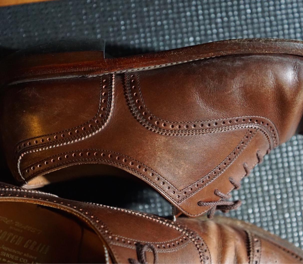 履き続けていたスコッチグレインがボロボロになったのでミスターミニッツで修理してみた。それがエコ。_b0024832_19162585.jpg