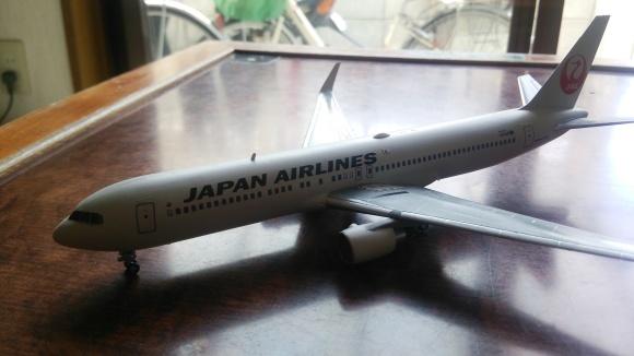JAL  B767-300ER  ウイングレッド完成!_d0202264_11270870.jpg