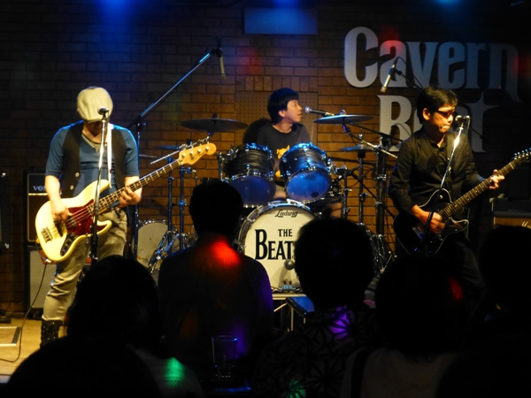 8月1日、カラフル夏の2デイズライブ初日のライブレポ♪          _e0188087_14531595.jpg